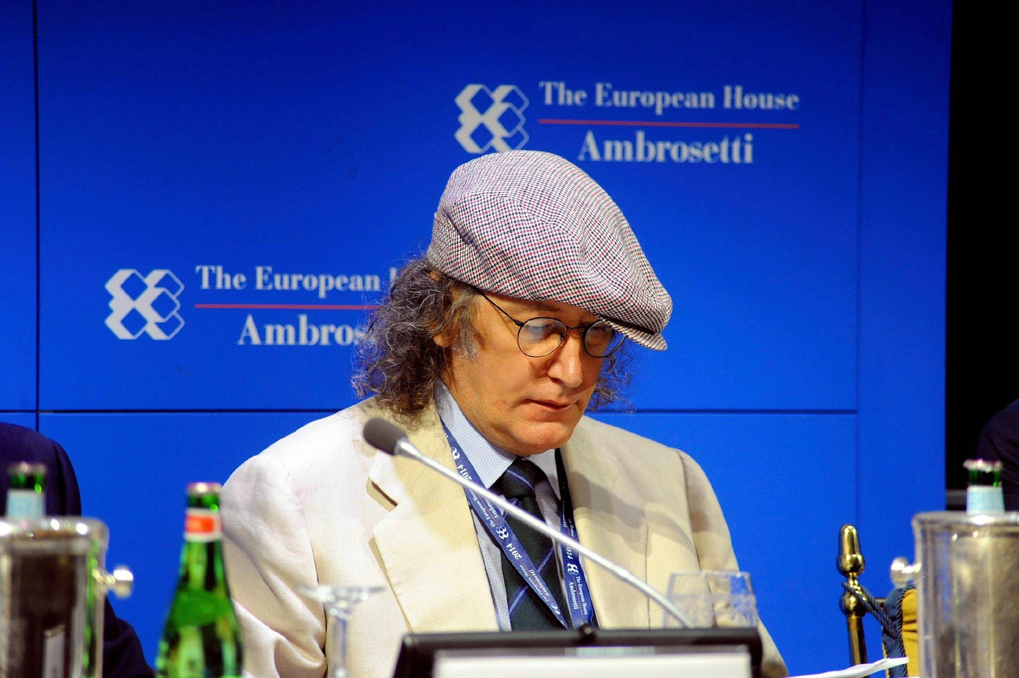 Nella foto: l'intervento di Casaleggio al Forum Ambrosetti