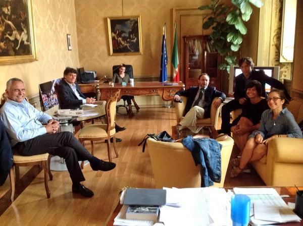 Una delle foto postate su Twitter da @nomfup, responsabile comunicazione di Renzi
