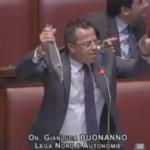 Gianluca Buonanno e la spigola d'aprile...