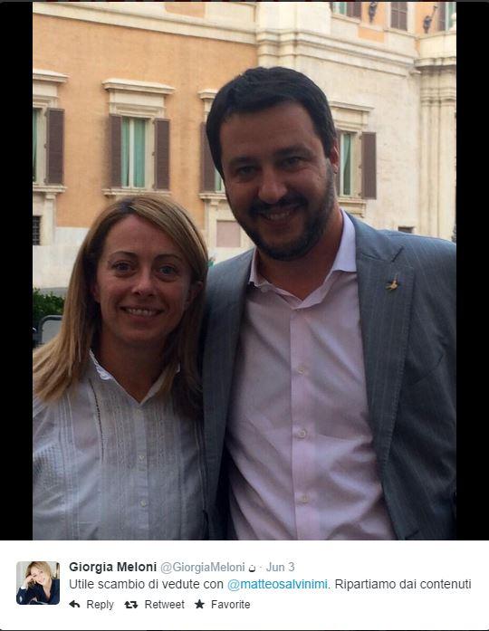 I promessi sposi. I due leader dei due più importanti partiti della destra italiana (fotne: Twitter.com)