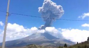 eruzione vulcano colima