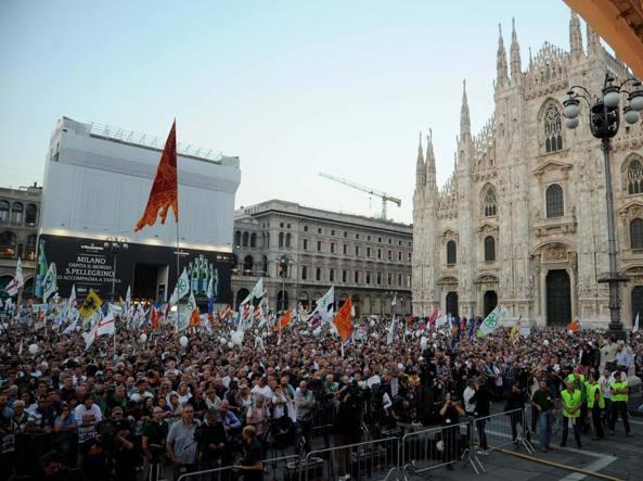 Uno scatto della manifestazione del 18 ottobre (Corriere.it)