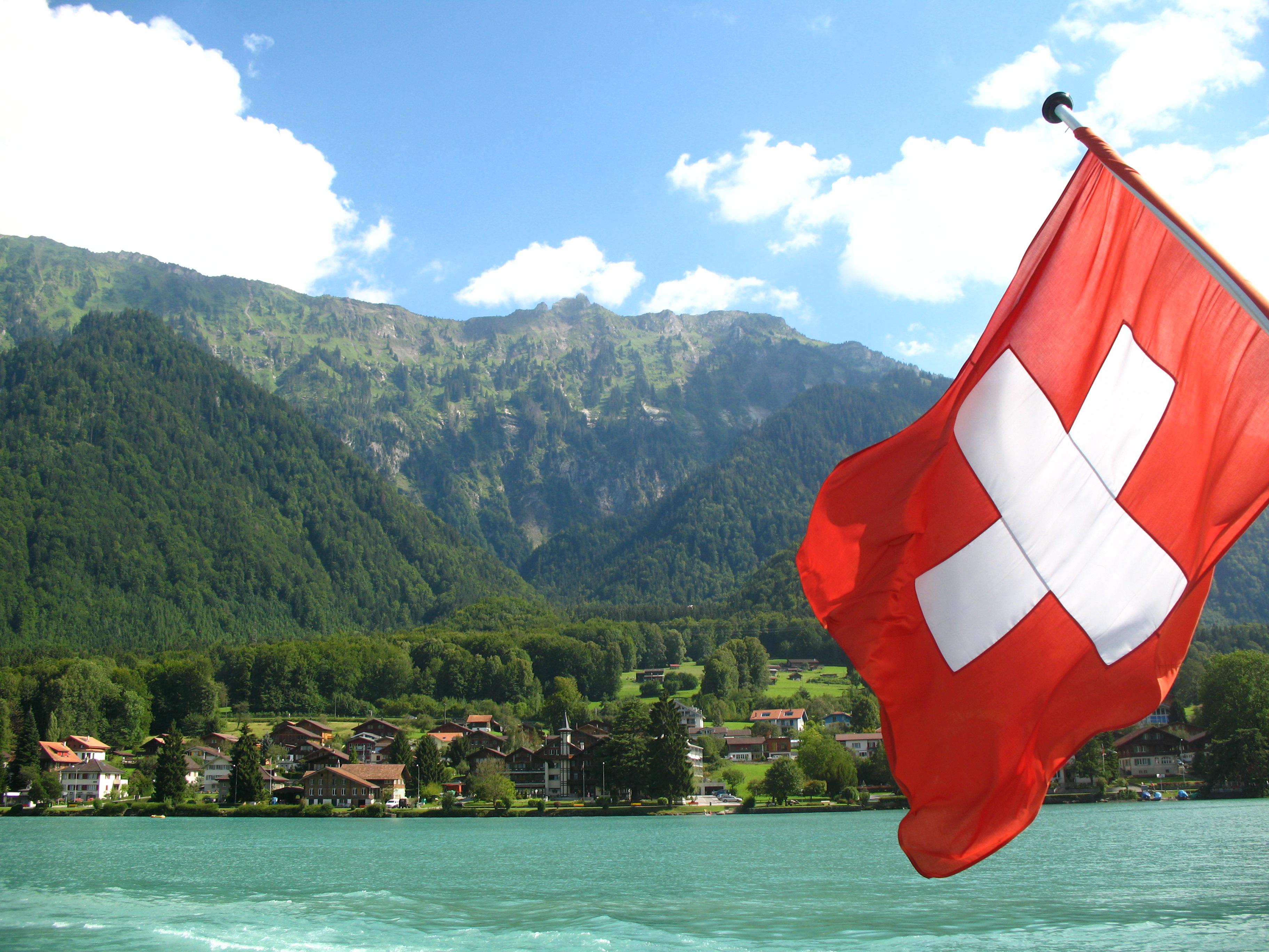 Cosa porta l 39 accordo tra italia e svizzera sui conti for Disegni di chalet svizzeri