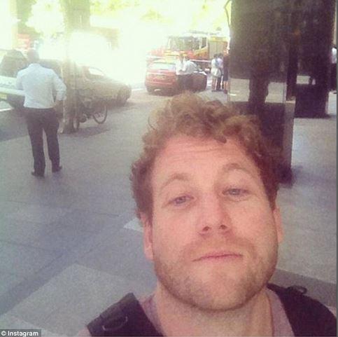selfie lindt sydney 1