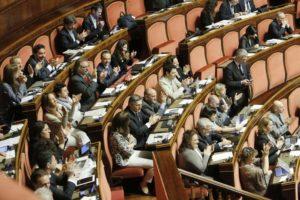 dieci parlamentari movimento  5 stelle