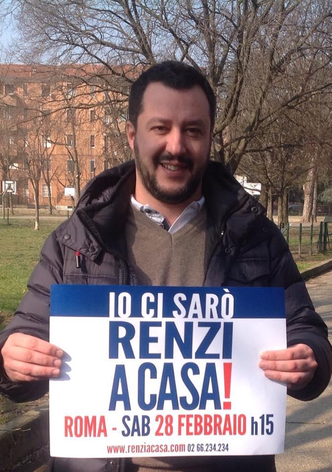 Per convincere gli indecisi Salvini si è fatto fotografare senza felpa. E tu ci sarai? (fonte: Facebook.com)