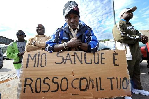 http://www.nextquotidiano.it/wp-content/uploads/2015/05/decreto-espulsione-clandestini.jpeg