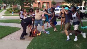 mckinney festa piscina polizia texas copertina