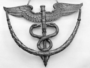 Caduceus;_a_Doctor's_sign_in_the_Wellcome_Institute._Wellcome_L0006593