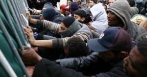 migranti calais