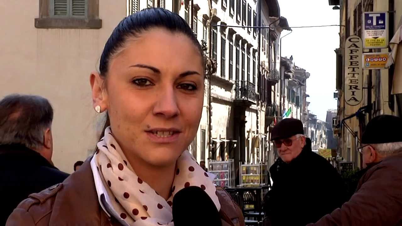 Anna ascani la nuova stella renziana nextquotidiano for Abbreviazione di onorevole