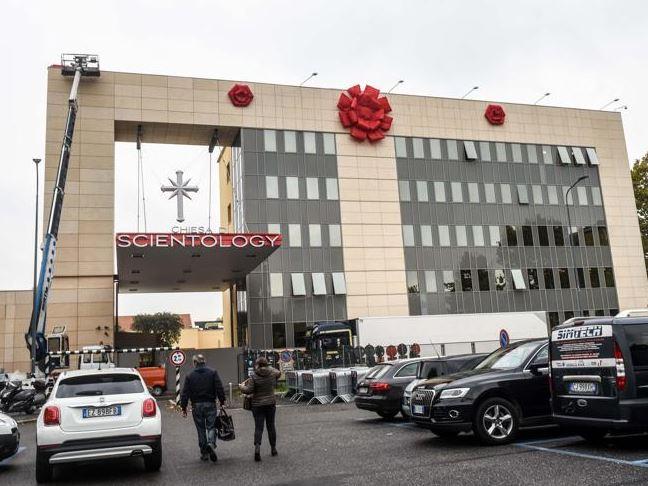 La nuova sede di Scientology a Milano (fonte: Twitter.com)