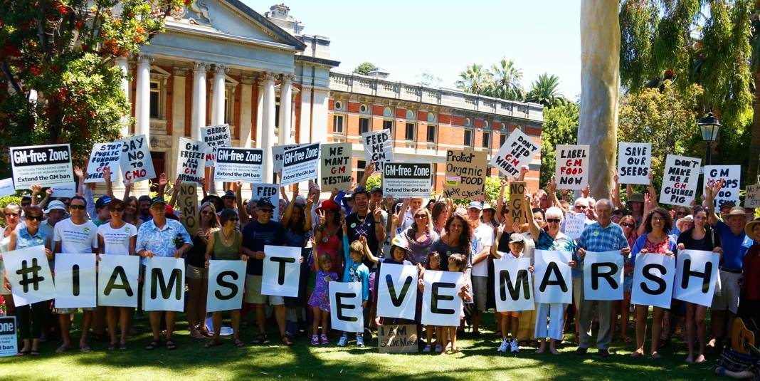 Sostenitori di Steve Marsh in Australia (fonte: Facebook.com)