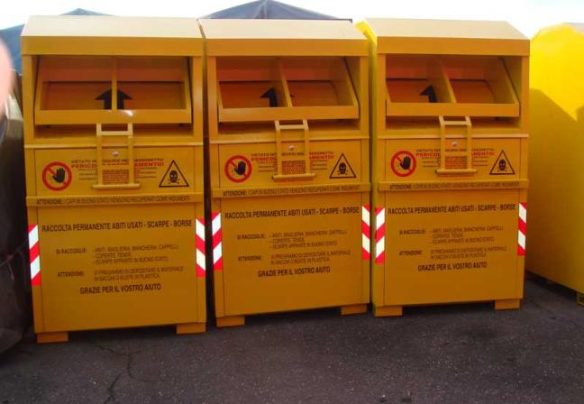 contenitori gialli abiti usati 1