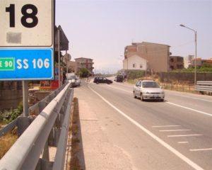 statale 106 ferrovia ferruzzano 1