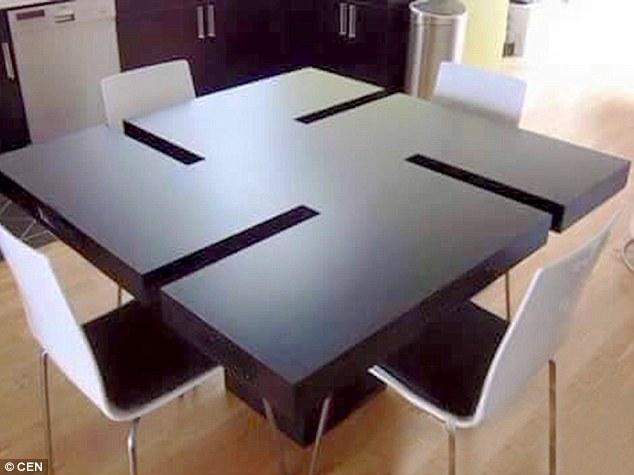 ikea tavolo svastica