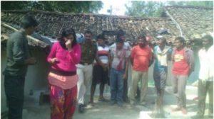 india donna taglia pene stupratore -2