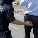 pietre polizia corteo renzi 1