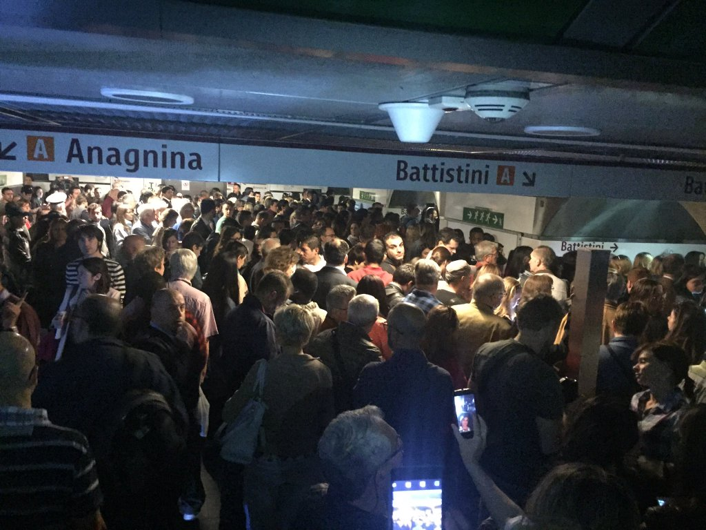 termini blackout luci emergenza