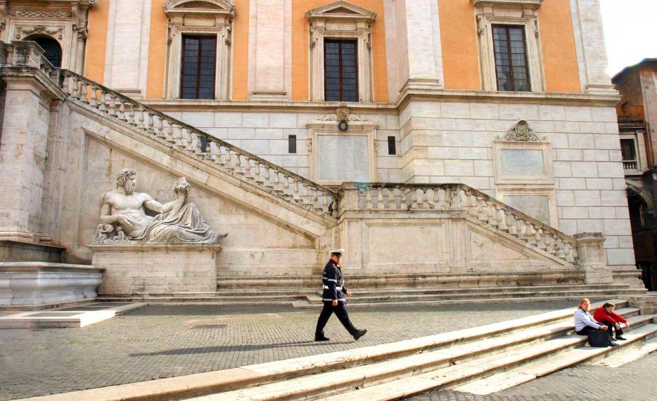 virginia raggi debito roma