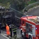 bus fiamme atac 6
