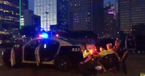 dallas sparatoria tre poliziotti uccisi