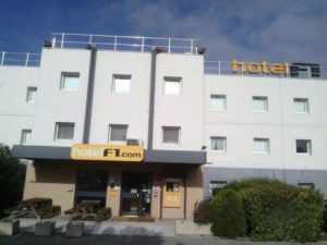 hotel formule 1 bollène avignon