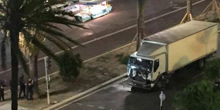 spari camion nizza 4