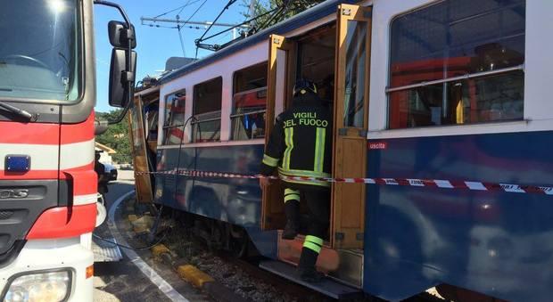 scontro tram trieste 3