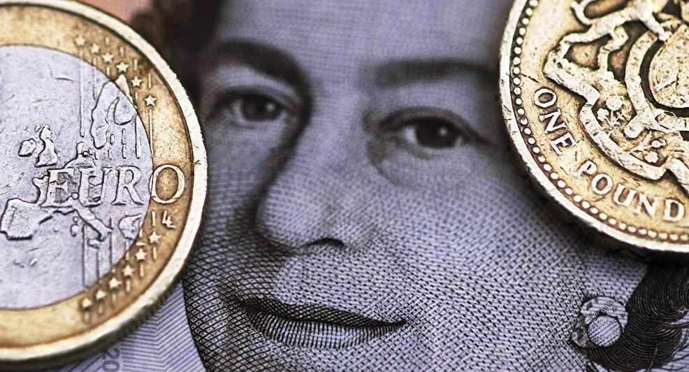 sterlina brexit svalutazione - 2