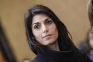 Virginia Raggi a Palazzo Valentini durante l'incontro ''Roma oltre la baraccopoli'', Roma 23 Marzo 2016. ANSA/GIUSEPPE LAMI