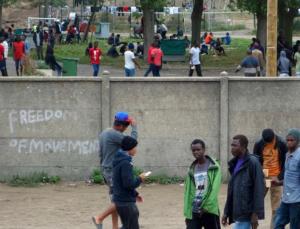 calais muro jungle migranti - 2