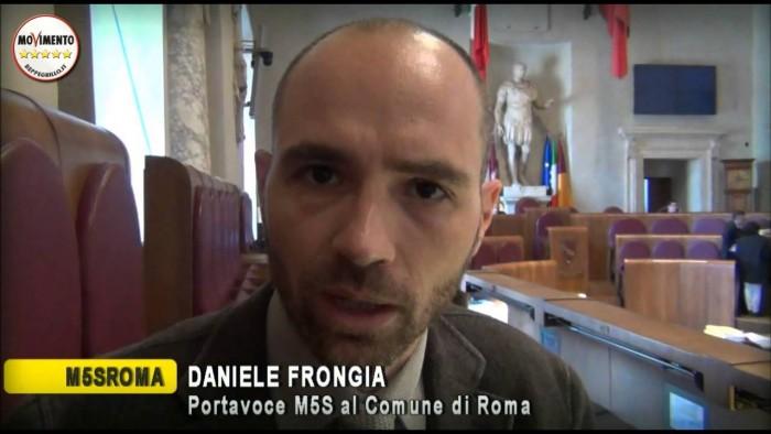 beppe-grillo-400-milioni-vaticano-daniele-frongia