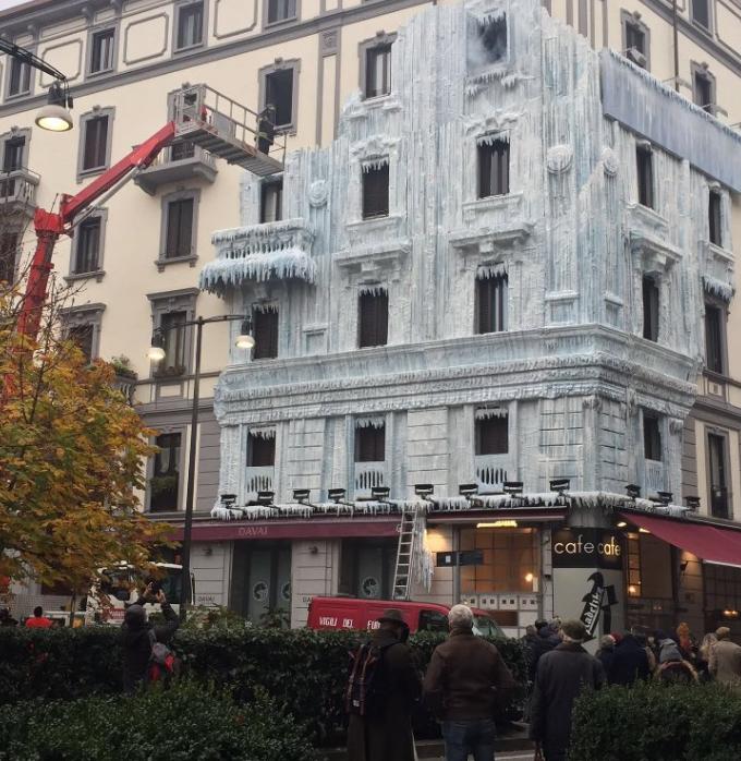 palazzo ghiacciato milano moscova Radetzky