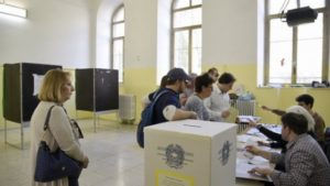 reggio emilia firme false elezioni
