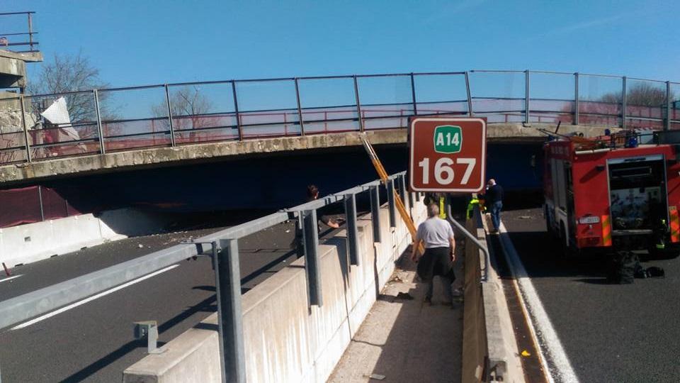 ponte crollato autostrada ancona 1