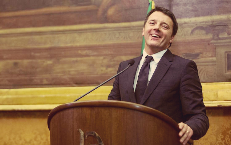 Migranti, la svolta di Renzi spiazza il Pd