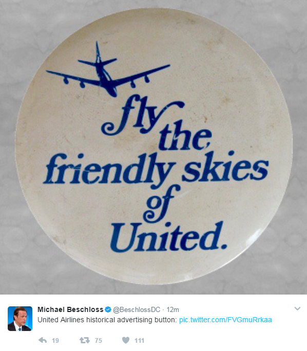 united airlines troll passeggero volo video - 1