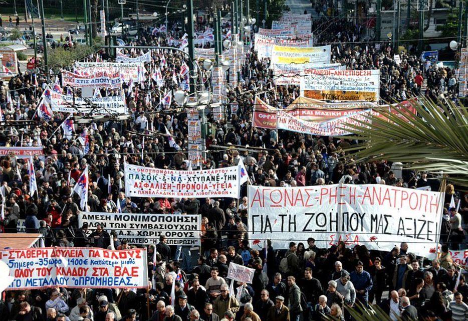 Grecia alle corde, sciopero generale per nuovo piano di austerity