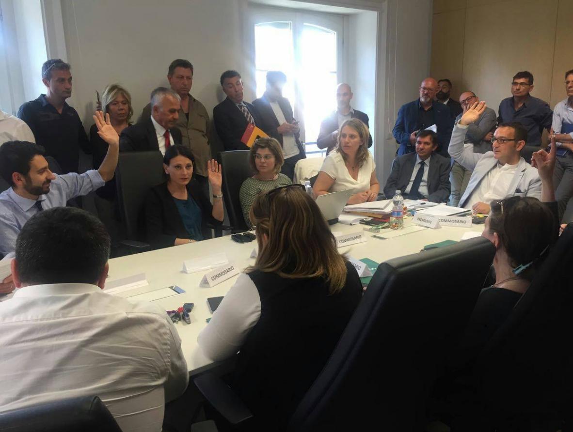 andrea coia nuovo regolamento ambulanti m5s roma coia commissione commercio - 1
