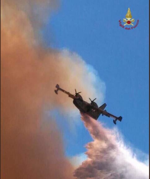 canadair elicotteri incendi madia riforma - 2