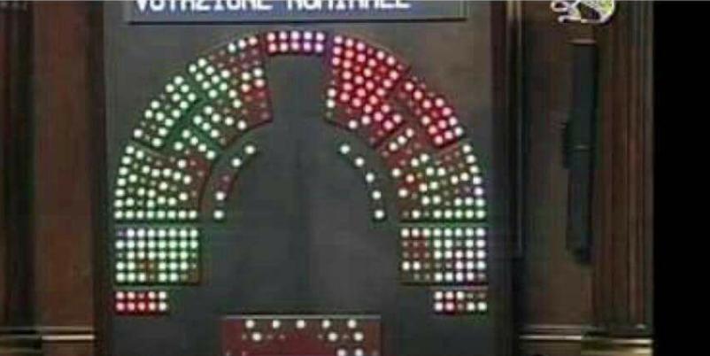I nomi dei senatori che hanno votato il decreto vaccini for Lista senatori