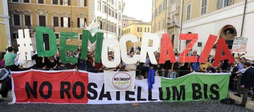 5 stelle bandiera italiana rosatellum montecitorio - 5