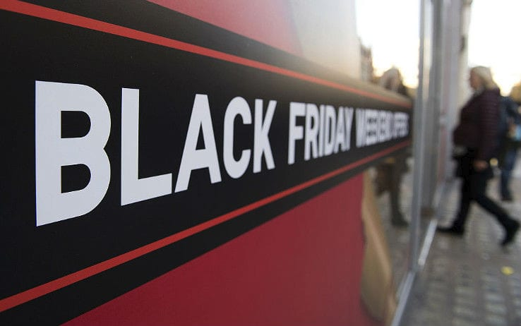 lavoratori amazon black friday
