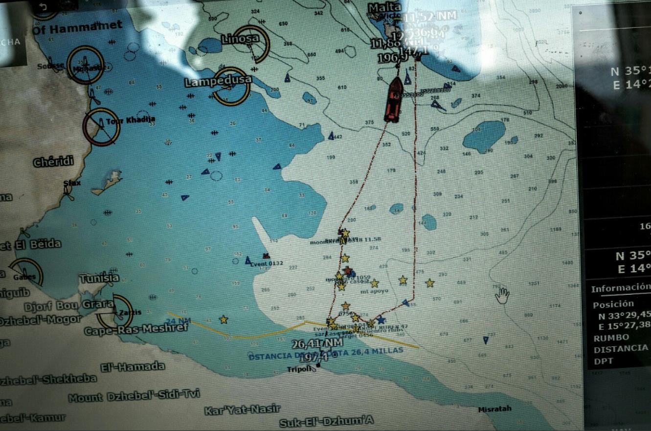 proactiva open arms emergenza mediterrano motovedetta libica - 5