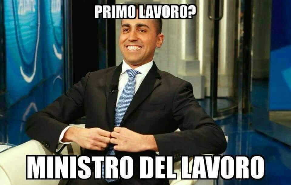 Renzi parla in aula, le espressioni di Di Maio, Salvini e Conte